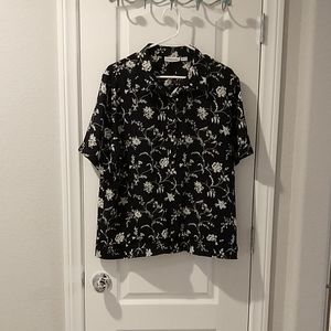 Polyester black white top